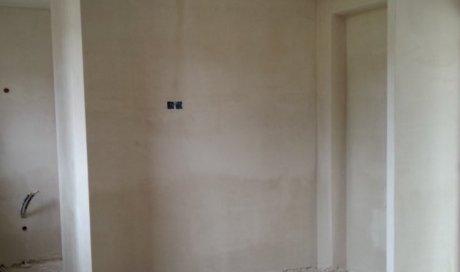 Plâtrier spécialisé dans l'application d'enduit Saint-Malo pour des travaux de rénovation